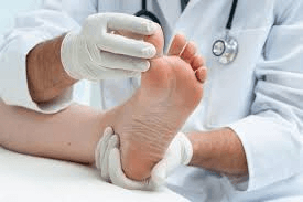 Could Extremely Dry Feet be a Symptom of an Underlying Illness?