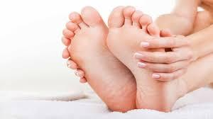 How Cracked Heels Can Make Life Difficult