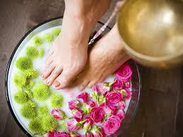 Salt foot bath benefits Gentle on your skin, harsh on bacteria and infection